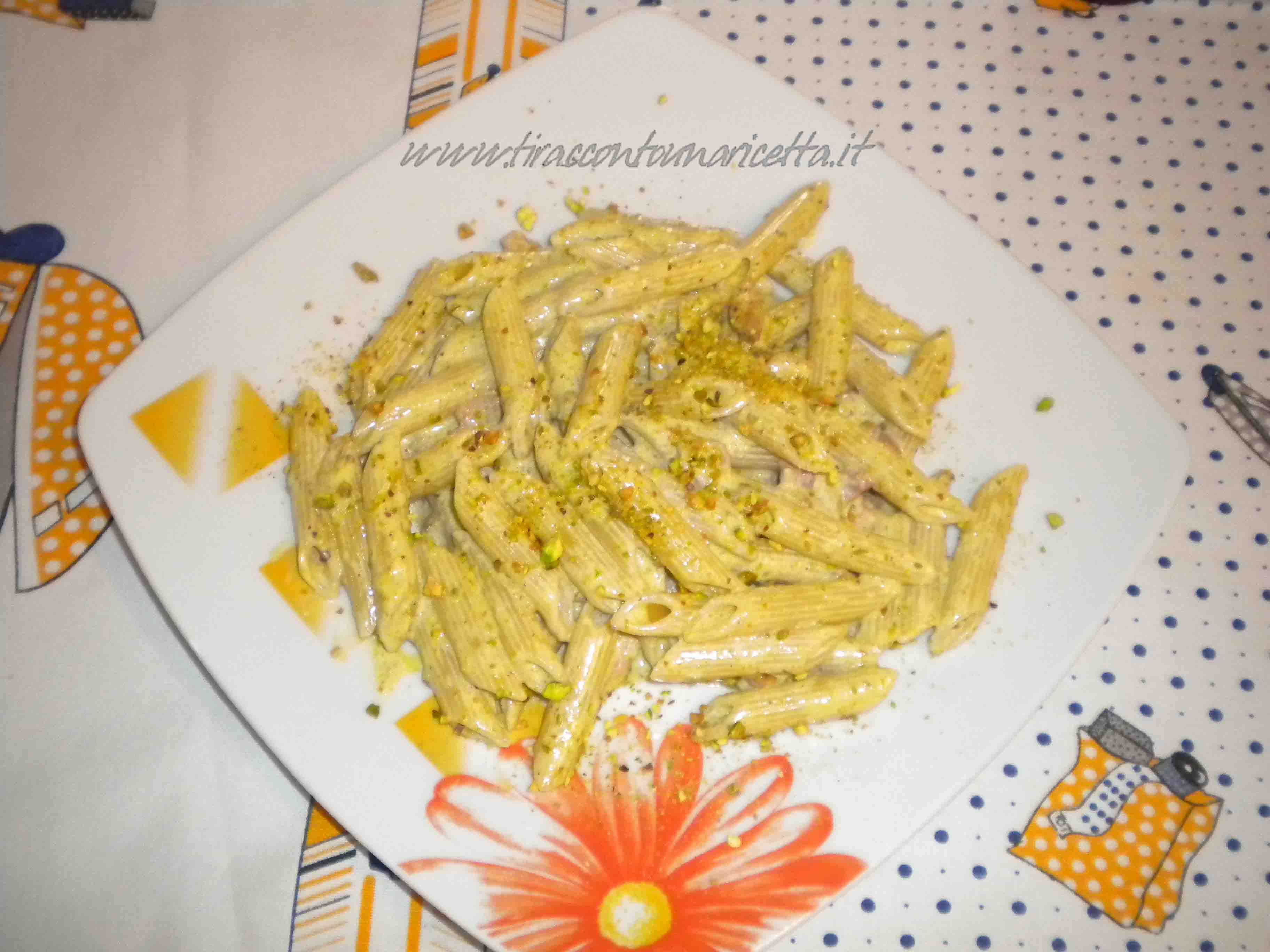 Penne with pistachio pesto