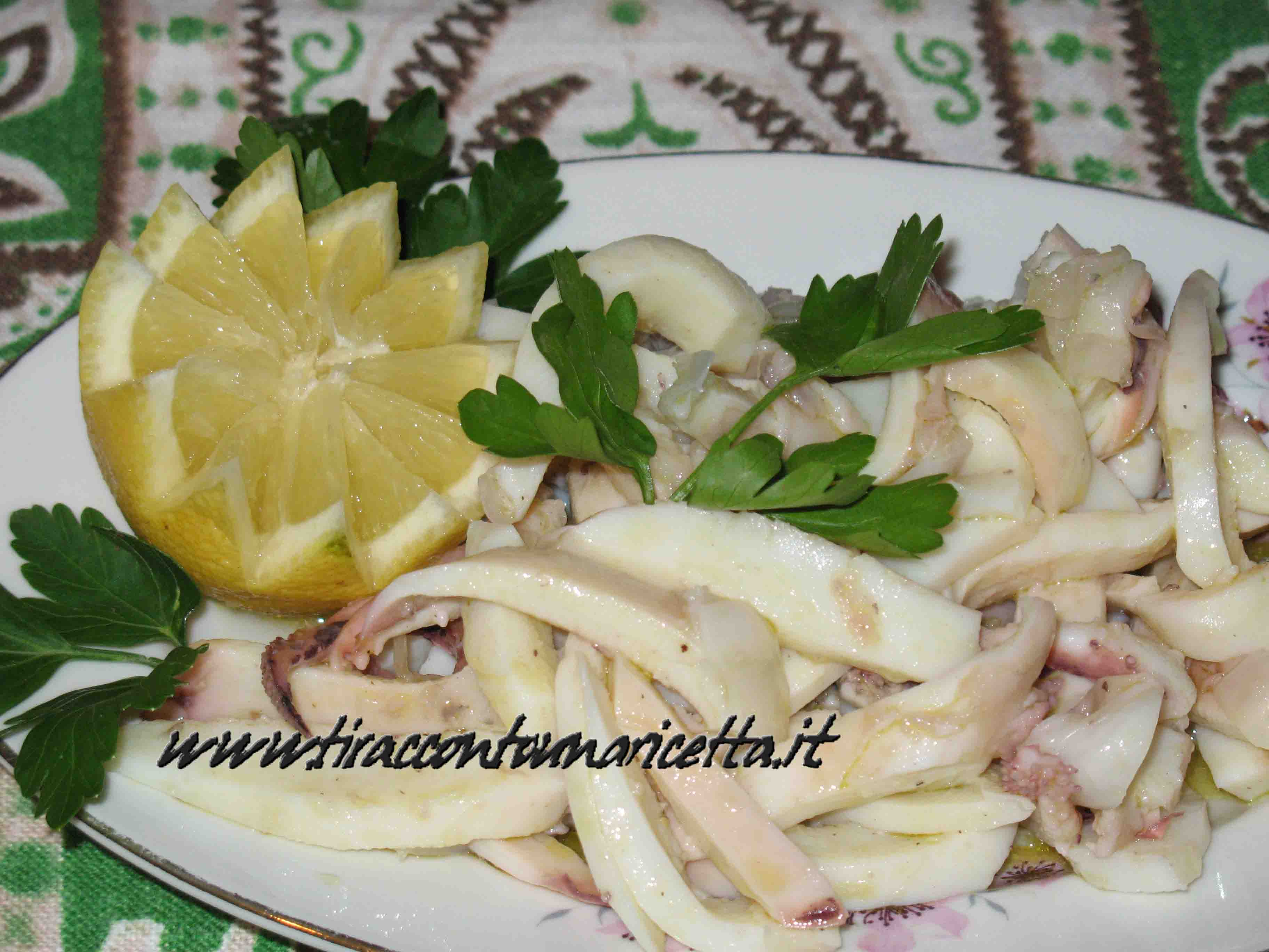 Cuttlefish salad with olive oil and lemon